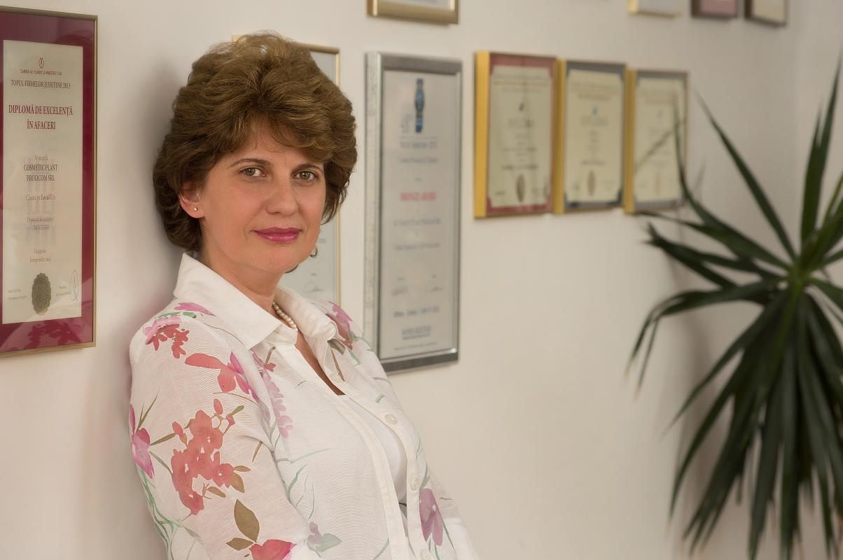 Susana-Laszlo-Director-General-Cosmetic-Plant