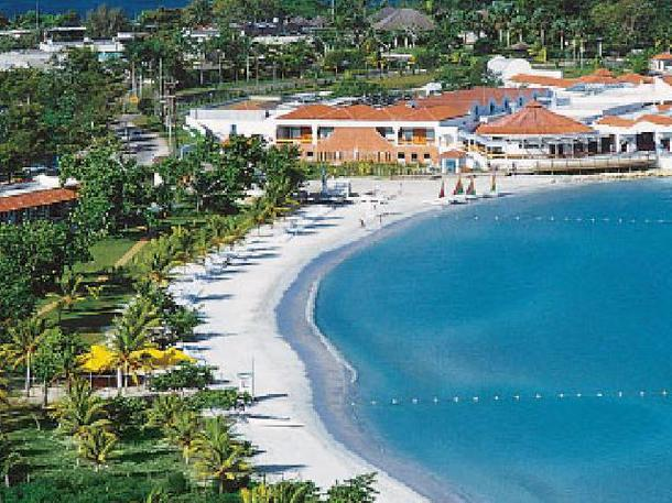 breezes-grand-resort-spa-negril